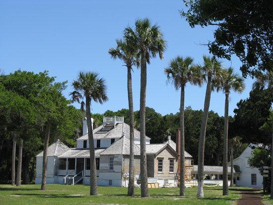 kingsley-plantation-undergoing