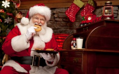 Pictures of Real Santa Claus enjoying milk and cookies